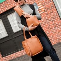กระเป๋าสะพาย-Classic-Fashion-สีน้ำตาล-(ได้-3-ใบ)