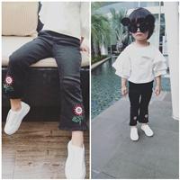 กางเกงยีนส์แฟชั่น-ดอกทานตะวัน-สีดำ