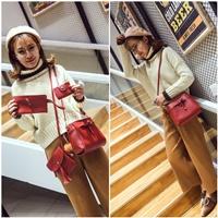 กระเป๋าสะพาย-Korean-Fashion-สีแดง(ได้-4-ใบ)
