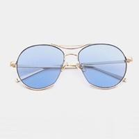แว่นแฟชั่นกันแดดสุดฮิตดีเทลเก๋-เลนส์สีฟ้า