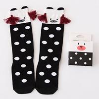 ถุงเท้าเด็กแบบยาวแต่งพู่หน้าหมี-ลายจุด-สีดำ