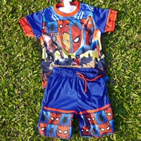 ชุดเสื้อกางเกงมีไฟกระพริบ-Spider-Man-