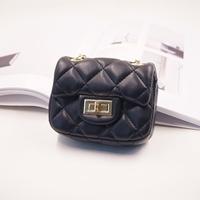 กระเป๋าสะพายข้างสไตล์-Cnl-สีดำ