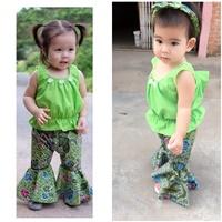 ชุดไทยเสื้อคอกระเช้า-กางเกงขาม้า-สีเขียว