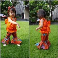ชุดไทยเสื้อคอกระเช้า-กางเกงขาม้า-สีส้ม