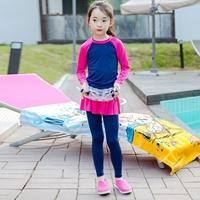 ชุดว่ายน้ำ-เสื้อ_กระโปรงกางเกงพร้อมหมวก-สีชมพูกรม