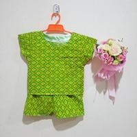 ชุดเสื้อกางเกง-ลายไทย-โทนสีเขียวเหลือง