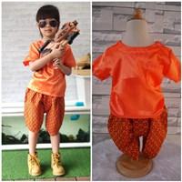 ชุดไทยเด็กเสื้อพื้น_โจงผ้าลายไทย-สีส้ม