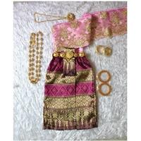 ชุดไทยสไบลูกไม้_ผ้าถุง-การะเกด-สีชมพู