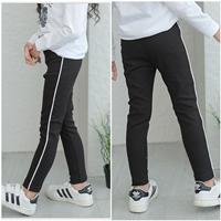 กางเกงเลกกิ้งแฟชั่นแต่งแถบขาว-สีดำ