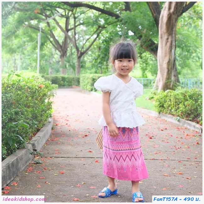ชุดไทย เสื้อลูกไม้คอวี สีขาว+ผ้าถุงชมพู