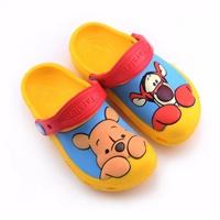 รองเท้าเด็กสไตล์-Pooh-_-Tiger