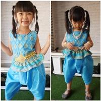 ชุดไทย-เสื้อคอเหลี่ยมลายไทย-โจงไหมญี่ปุ่น-สีฟ้า