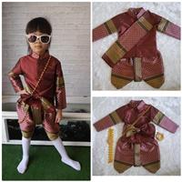 ชุดไทยเด็กชาย-ราชปะแตนหรูหรา-สีแดง