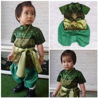 ชุดไทยเด็กชาย_ผ้าพาด-พี่หมื่น-ลายไทย-สีเขียว