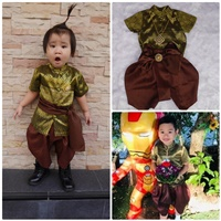 ชุดไทยเด็กชาย_ผ้าพาด-พี่หมื่น-ลายไทย-สีเขียวทอง