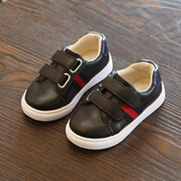 รองเท้าผ้าใบ-สไตล์-Gucci-สีดำ
