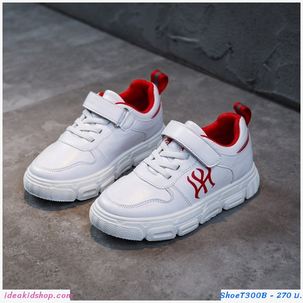 รองเท้าผ้าใบสปอร์ตสไตล์ NY สีขาวแดง