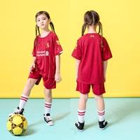 ชุดฟุตบอล-Liverpool-สีแดงเลือดหมู