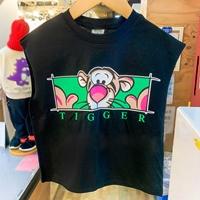 เสื้อยืดเด็กแขนเต่อ-ลายTigger-สีดำ