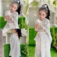 ชุดไทยสไบพีทและกากเพชร_ผ้าถุงหน้านาง-สีเงินเทา