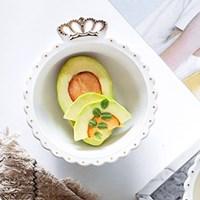 ถ้วยเซรามิก-ใส่ผลไม้-ขนมปัง-ของใช้-ลายมงกุฎขอบทอง